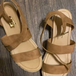 Cute pump Sandals